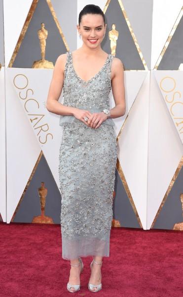 Daisy Ridley - Vestido Chanel