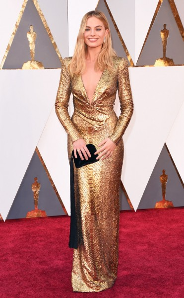 Margot Robbie - Vestido Tom Ford