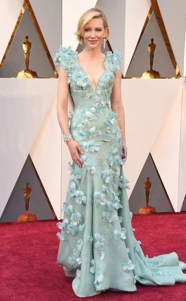 Cate Blanchett - Vestido Armani